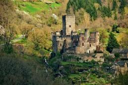 Camping Rodez Aveyron · castle of belcastel 09 uai